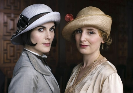 EMBARGOED_UNTIL_3RD_NOVEMBER_DOWNTON_EP8_32.jpg